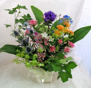 IMG_2440-季節の生花¥2700ADJ